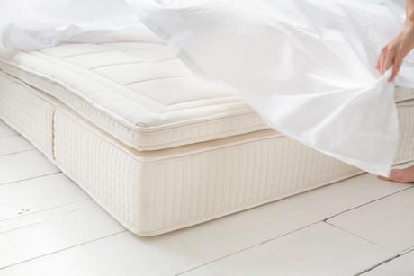 Nieuw matras laten luchten